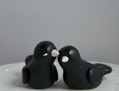 black bird cake toppers, by countrysquirrelsrus on etsy.com