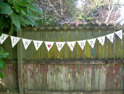 bunting, by frenchaccent on felt.co.nz