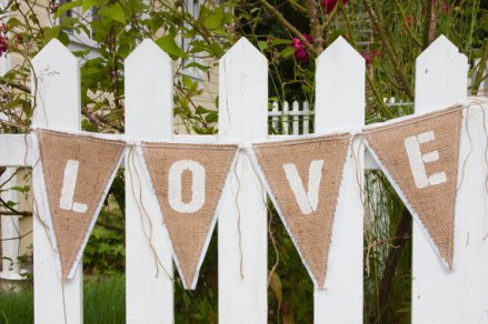 Burlap bunting, by enduredesigns on etsy.com