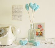 Crochet hearts, by cherrytime on etsy.com