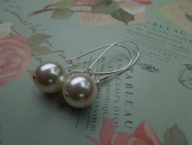pearl drop earrings, by madebycobalt on felt.co.nz