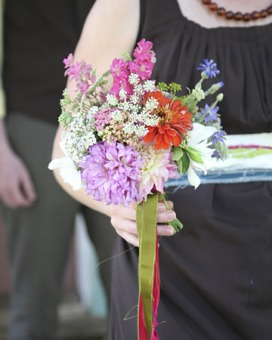 Wildflower bouquet - pick flowers from you own garden!