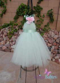Flower girl dress, by indigobabies on etsy.com