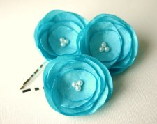 Hair clips, by SarasBoutique on etsy.com