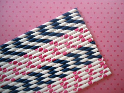 Paper straws, by CakesAndKidsToo on etsy.com