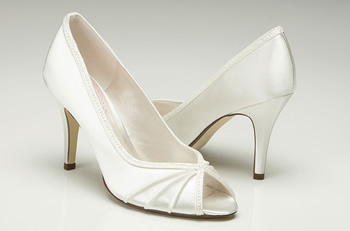 Crush shoes, from fairytalebridal.co.nz