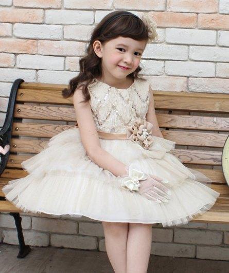 Flower girl dress, by Studiodress on etsy.com
