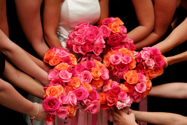 Pink and orange bouquets | The Merry Bride