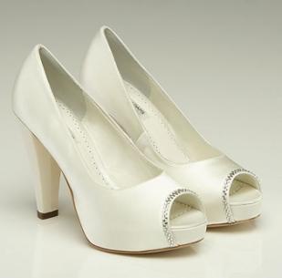 Scarlett shoes, from fairytalebridal.co.nz