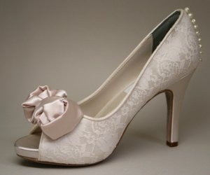 Wedding shoes, by DesignYourPedestal on etsy.com