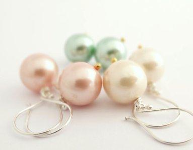 Earrings, by bluebirdss on etsy.com