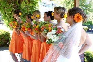 A citrus wedding colour scheme