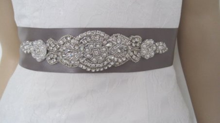 Bridal sash, by Diamondweddingveil on etsy.com