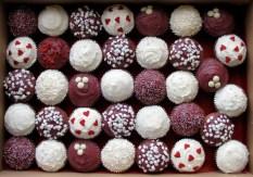 Burgundy cupcakes