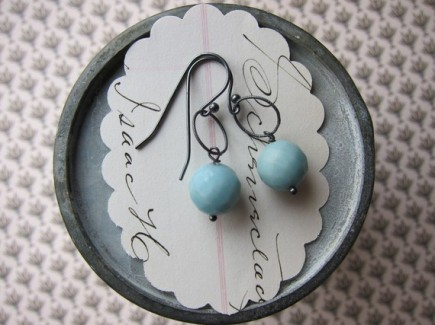 Earrings, by eliwill on etsy.com