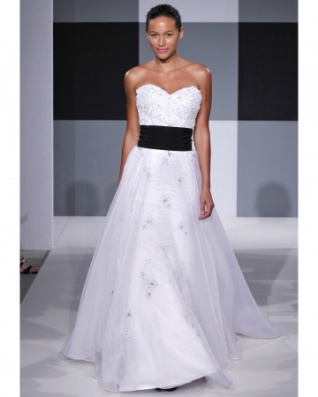 Isaac Mizrahi gown from Spring 2013 collection