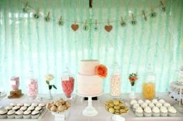 Mint and peach dessert table
