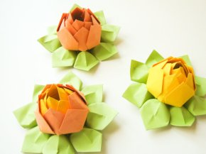 Origami lotus flowers, by fishandlotus on etsy.com