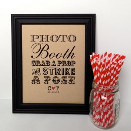 Photo booth sign, by PurplePeonyCouture on etsy.com