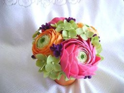 Ranunculus, hydrangea and lilac centrepiece, by parsi on etsy.com