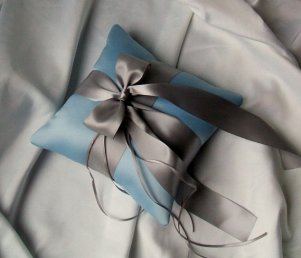 Ringbearer pillow, by RomancingJuliet on etsy.com