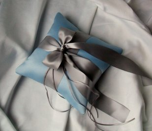Ringbearer pillow, by RomancingJuliet on etsy.com