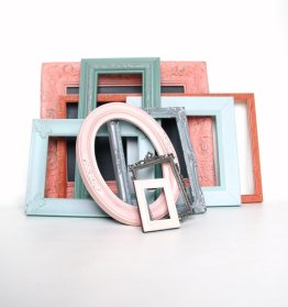 Shabby chic frames, by Lollipopfigurine on etsy.com