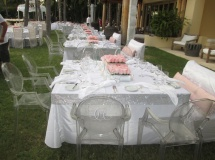 Simple but effective white and light pink colour scheme for Mario Lopez and Courtney Mazza's reception
