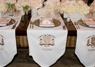 Vanessa Minnillo and Nick Lachey had each guest's place setting embroidered with their name