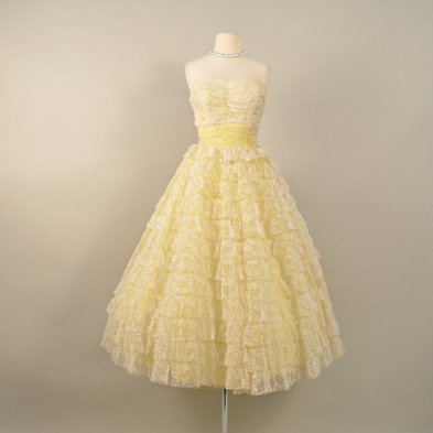Vintage 1950s tea-length wedding dress, from deomas on etsy.com