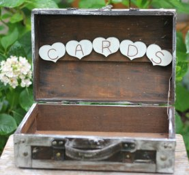 Wedding card box, by MichelesCottage on etsy.com