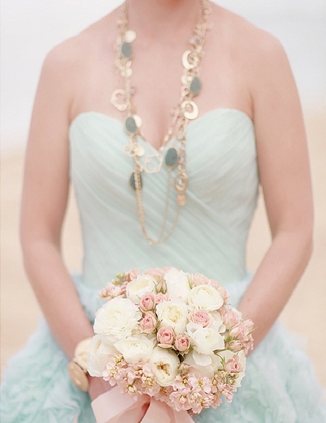Mint and gold wedding inspiration the merry bride for Mint and gold wedding dress