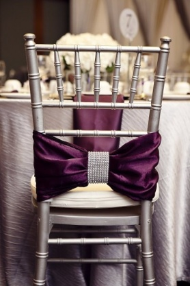 Chair bow