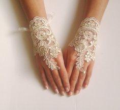 Wedding gloves, by GlovesShop on etsy.com