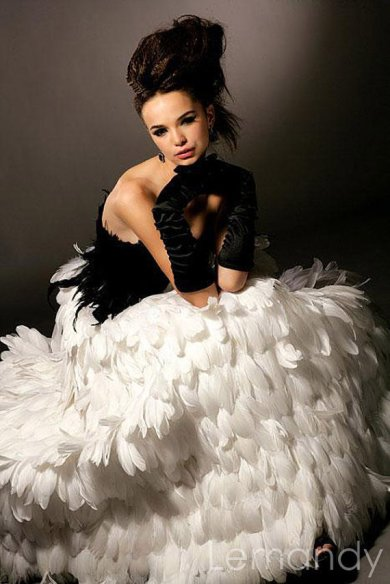 Black and white feather dress, by Lemandyweddingdress on etsy.com