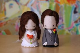 Custom-made cake toppers, by yuyuart on etsy.com