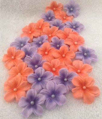 Edible flowers for cake or cupcake decoration, by SweetEdibles on etsy.com