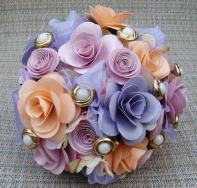 Paper flower bouquet, by SweetPeasPaperFlower on etsy.com