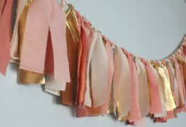 """Rag"" garland, by PenelopeandLala on etsy.com"