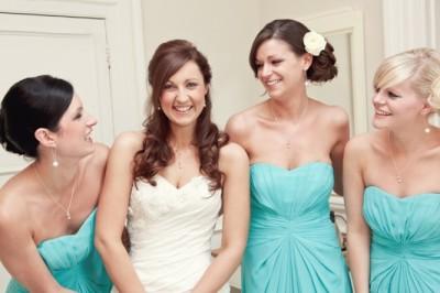 Bridesmaids in aqua