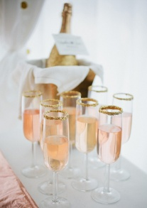 Champagne with gold sugar rims