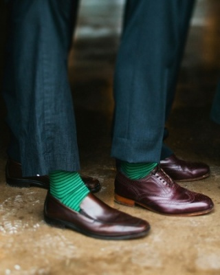 Cheeky emerald socks for the men!