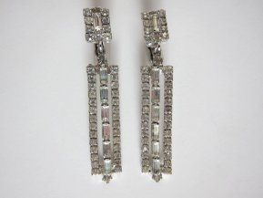 Earrings, by passionateflea on etsy.com