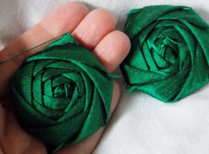 Fabric flowers, by bellerosedesigns on etsy.com