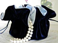 Jewellery pouch, by susanskeepsake on etsy.com