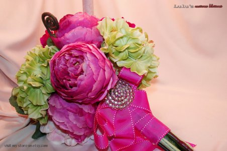 Silk bridal bouquet, by LulusAwesomeBlossoms on etsy.com
