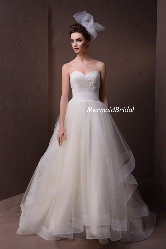 More wedding dresses for under 500 the merry bride for Wedding dress on etsy