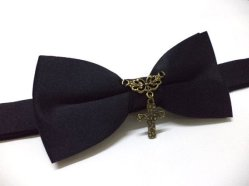Bow tie, by ccbowtie on etsy.com
