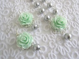 Bridesmaid earring and necklace set, by JoolaDesigns on etsy.com