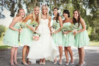 Bridesmaids in mint {via bridesmaid.com}